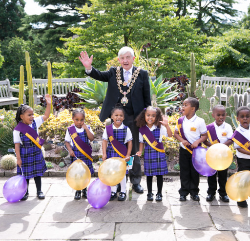 Mayor with New School Pupils