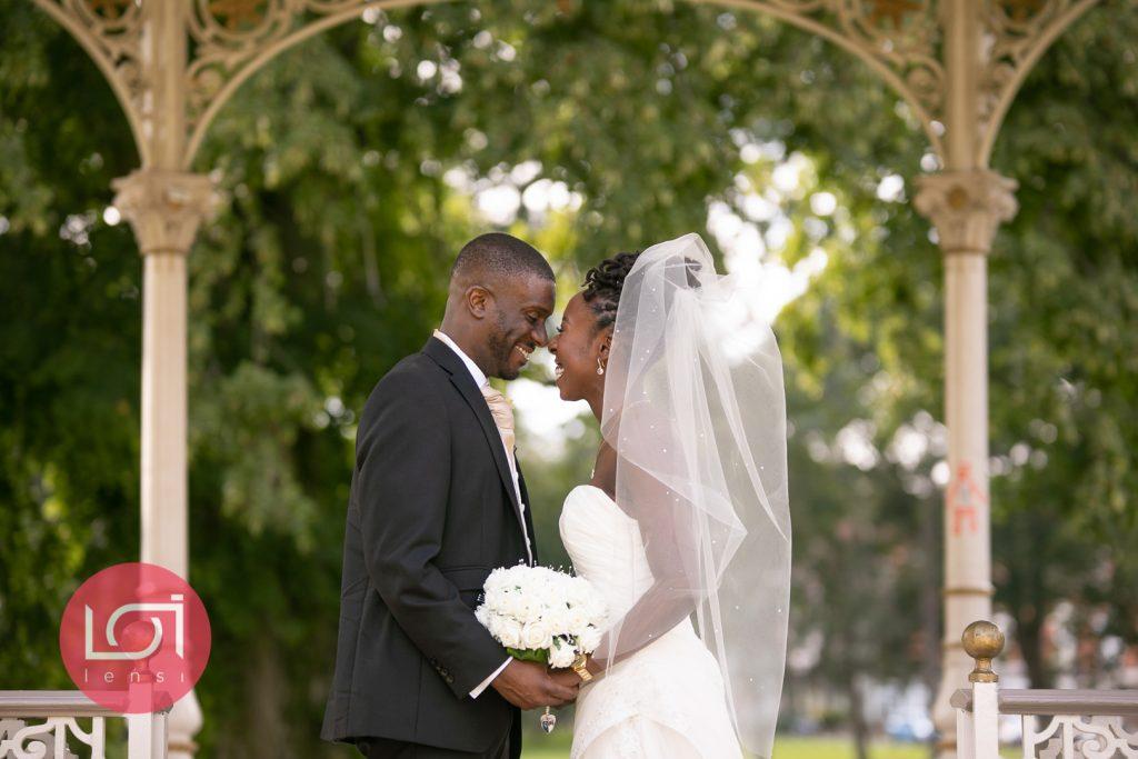 wedding photography, female wedding photographer, wedding planning, wedding tips, female wedding photographer, wedding savings, wedding budget,
