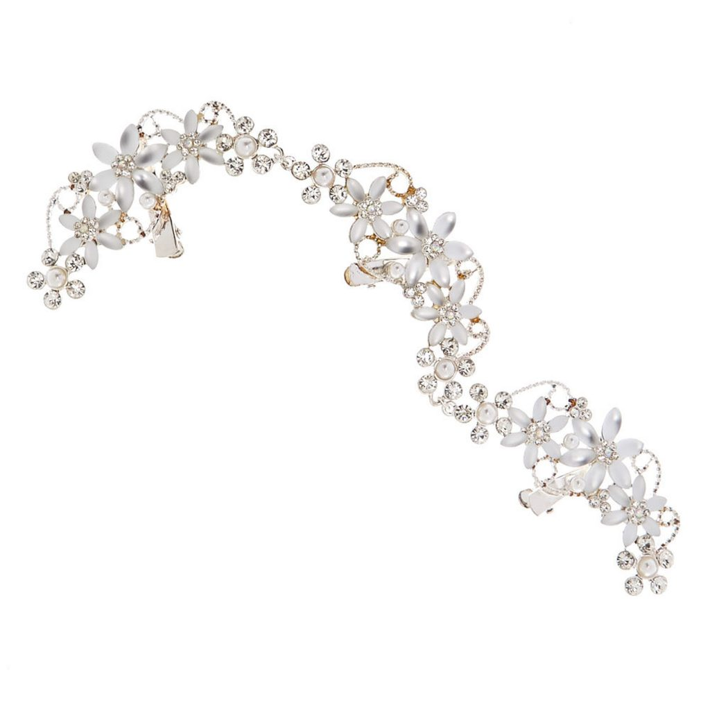 Wedding Hair Accessories, save money on your wedding, tips for brides to be