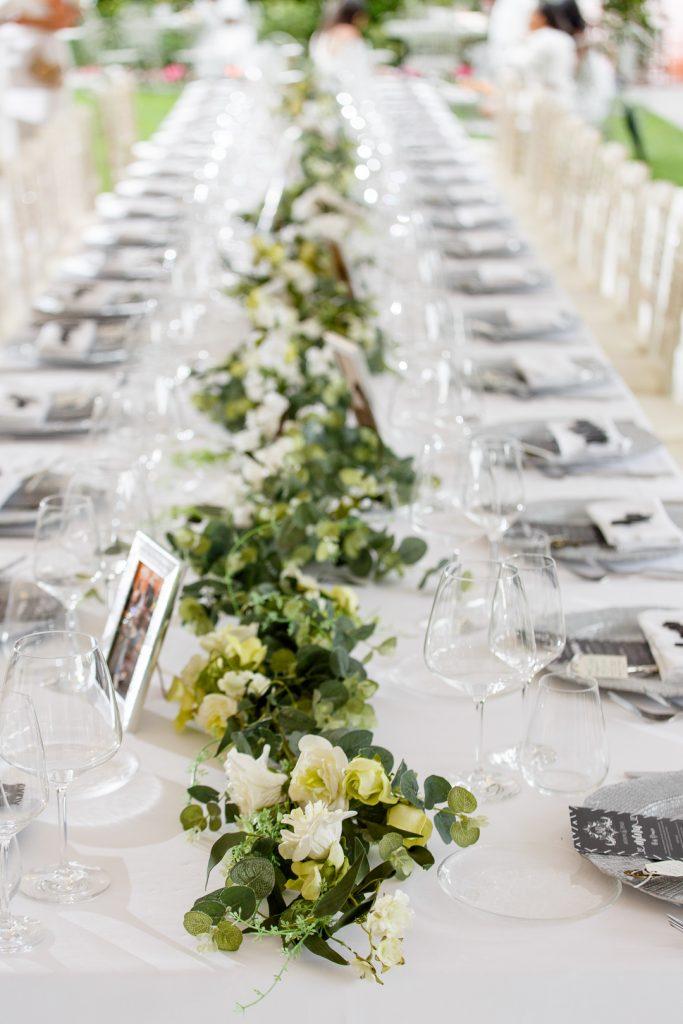 wedding savings, save on your wedding, wedding flowers, wedding favours, wedding day, wedding planning,