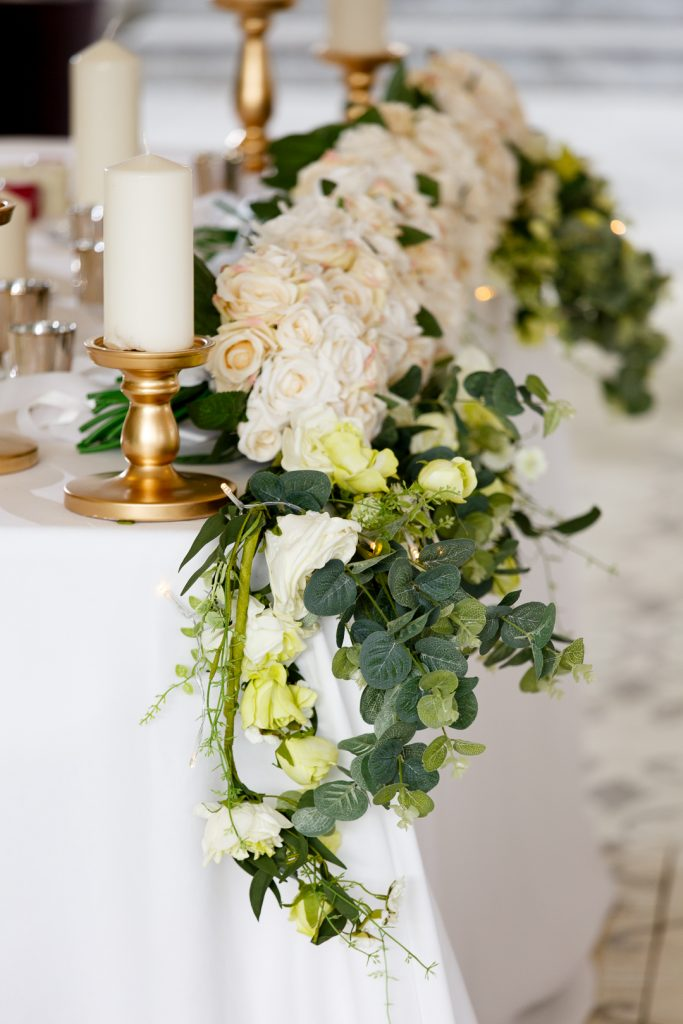 the wedding of Lensi Photography, faux flowers, fake flowers, home bargains flowers, wedding top table, wedding tips, wedding saving, wedding planning, bride tips, photographer tips, wedding photographer , planning a wedding